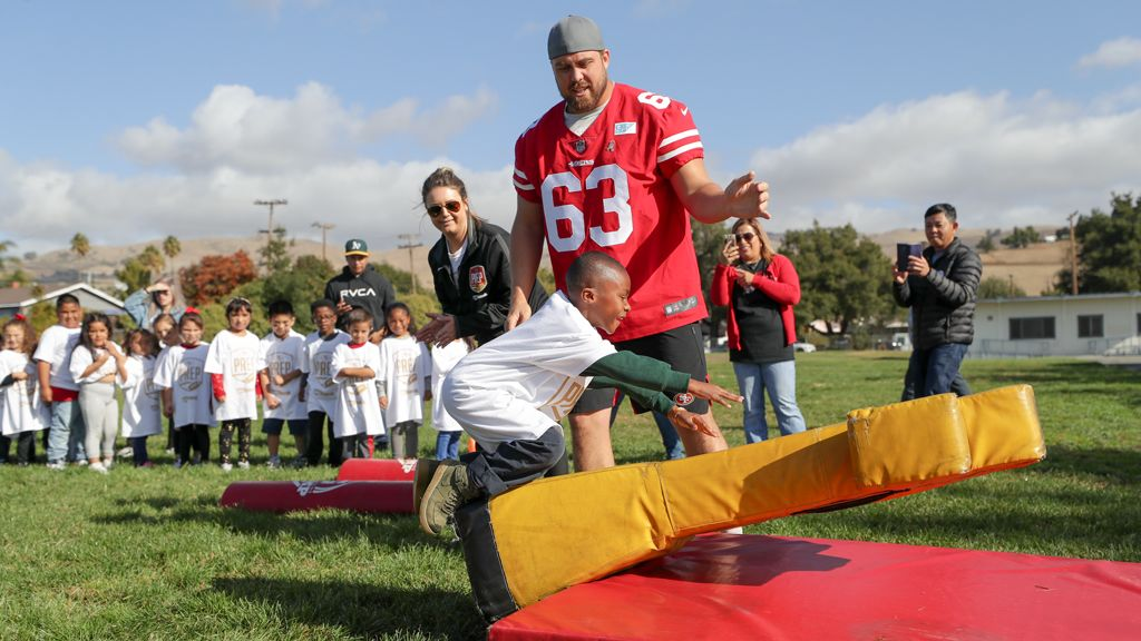 December 2: 49ers PREP presented by U.S. Bank Celebrates 100,000th Camper