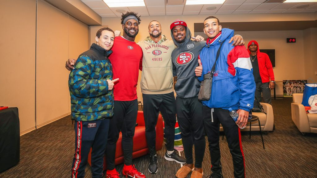 December 29: 49ers Linebackers Host Foster Youth from Unity Care for a Special Holiday Event