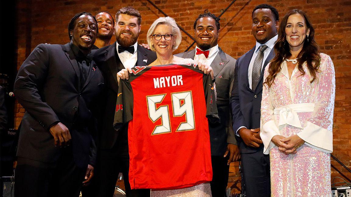 Bucs Sponsor Mayoral Inaugural Ball, Donate $50,000 to Hillsborough Education Foundation