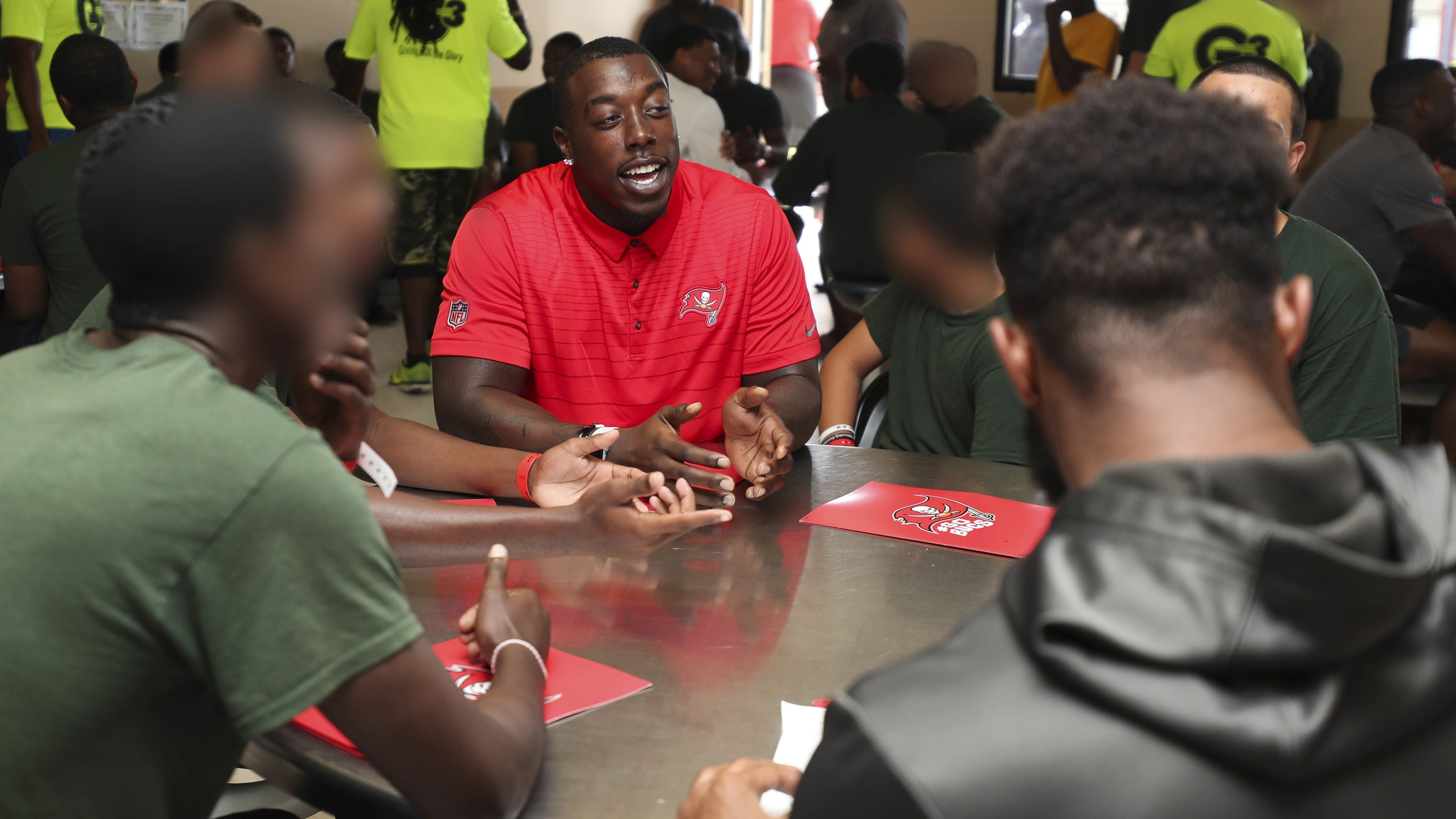 Buccaneers Continue Social Justice Initiative at Tampa Residential Facility