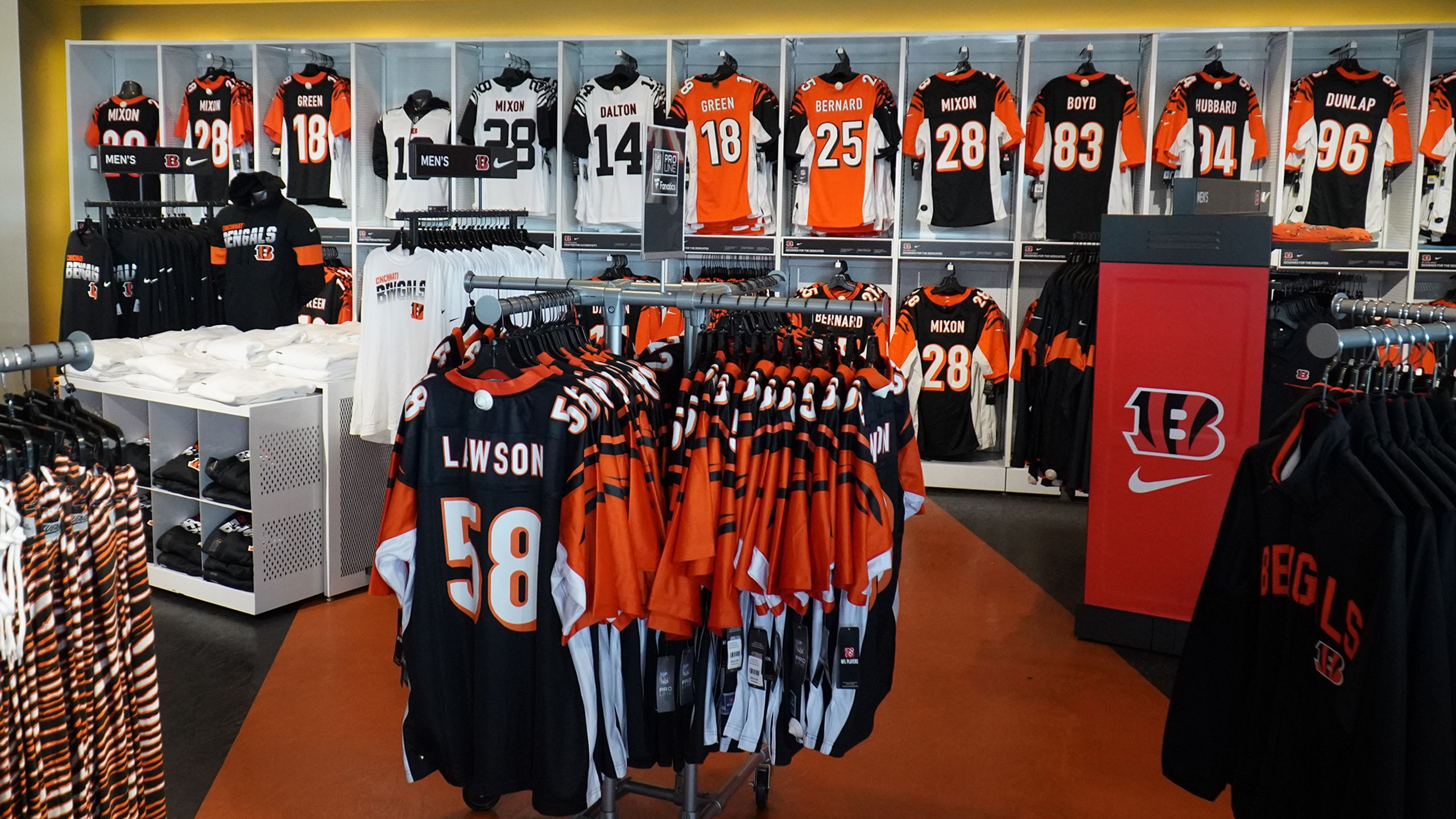 Get The Best Bengals Gear All Season Long
