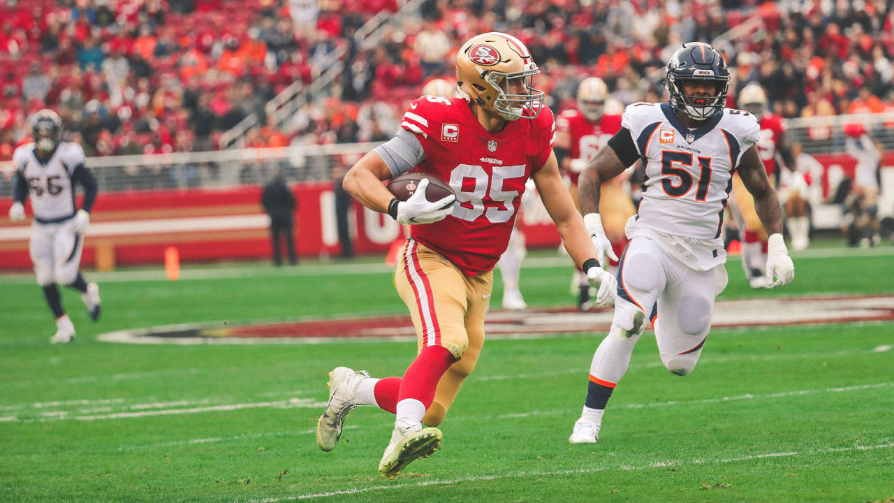 13f6fac558e Nick Mullens Hits a Wide Open George Kittle for a 31-yard Gain