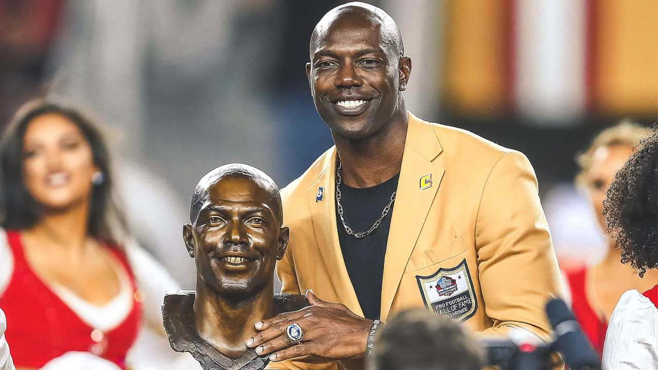 Terrell Owens  Unorthodox Road to NFL Stardom and His Surprise at His Own  Success ec6e89224