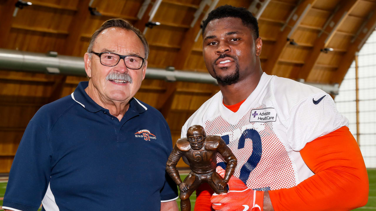 factory authentic 11b4d 61e37 Butkus honored to give award to Khalil Mack