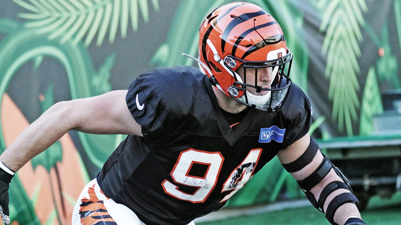 Quick Hits: Sam Hubbard is back, will play against the Pittsburgh ...