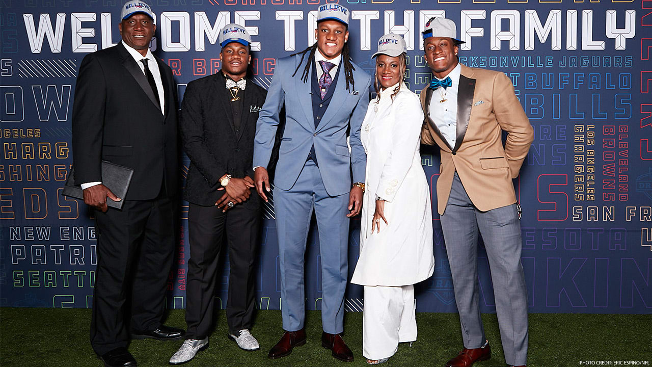 Family Pedigree Has Tremaine Edmunds Prepared To Stand Tall In Bills Defense
