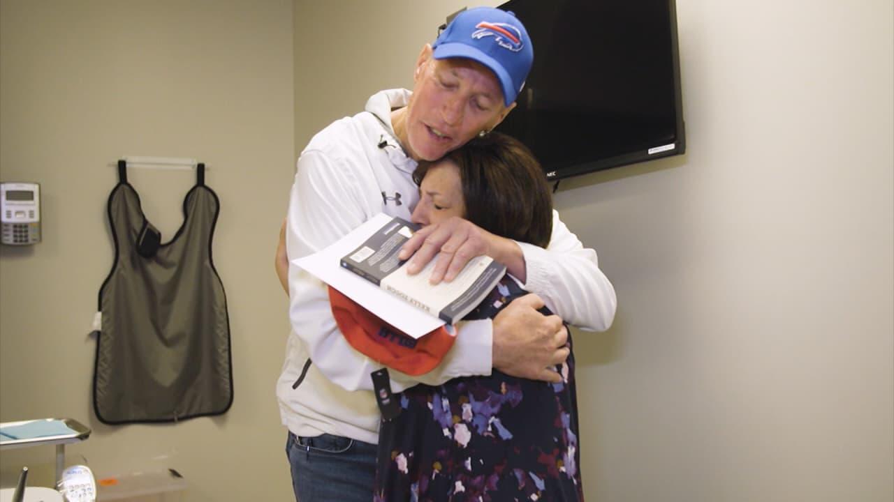 19b4e0c1b4e Watch  Jim Kelly surprises patients at ECMC