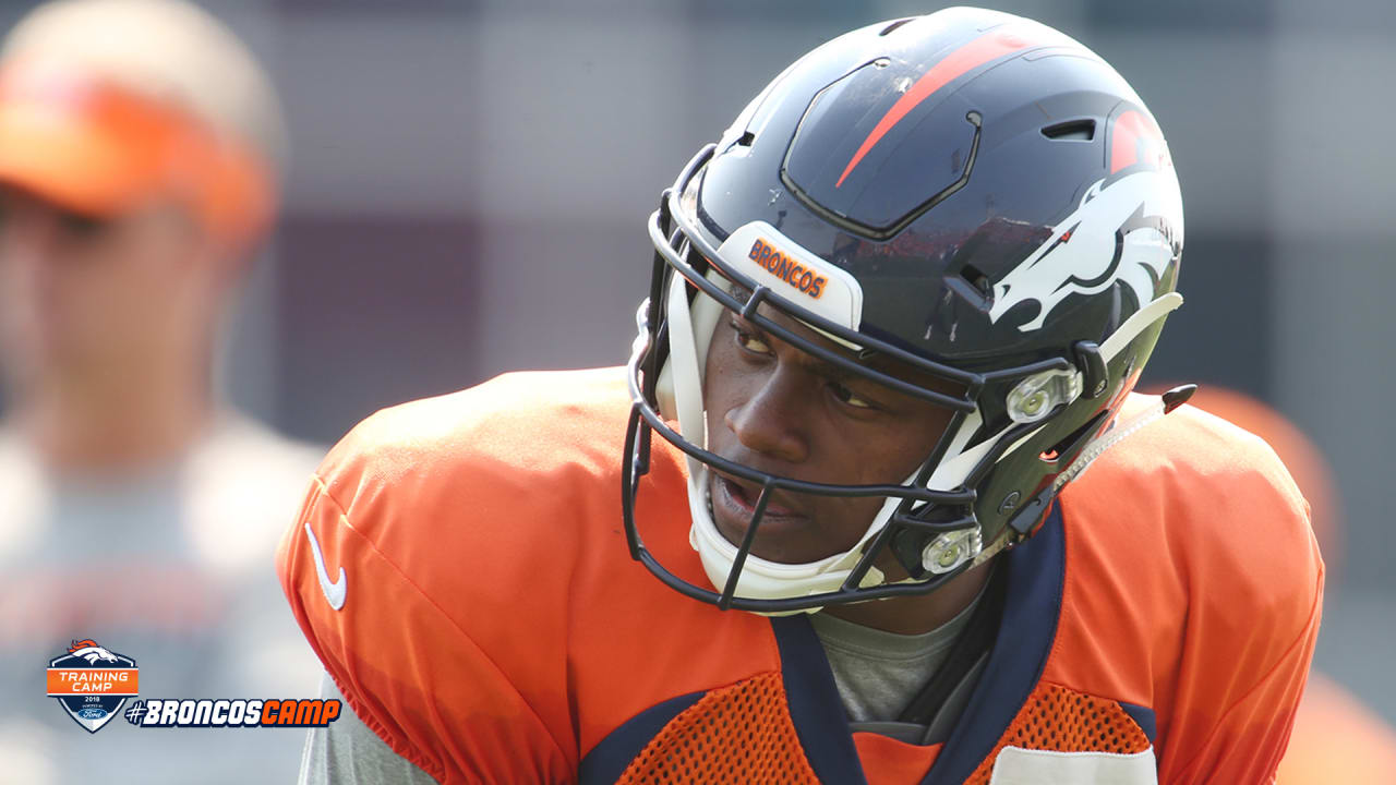 Emmanuel Sanders reaches out to absent teammate Carlos Henderson to offer  support 567620524