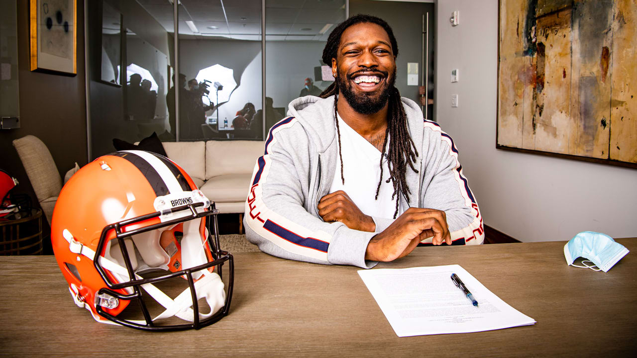 Jadeveon Clowney wanted to join a winning team, so he chose the Browns