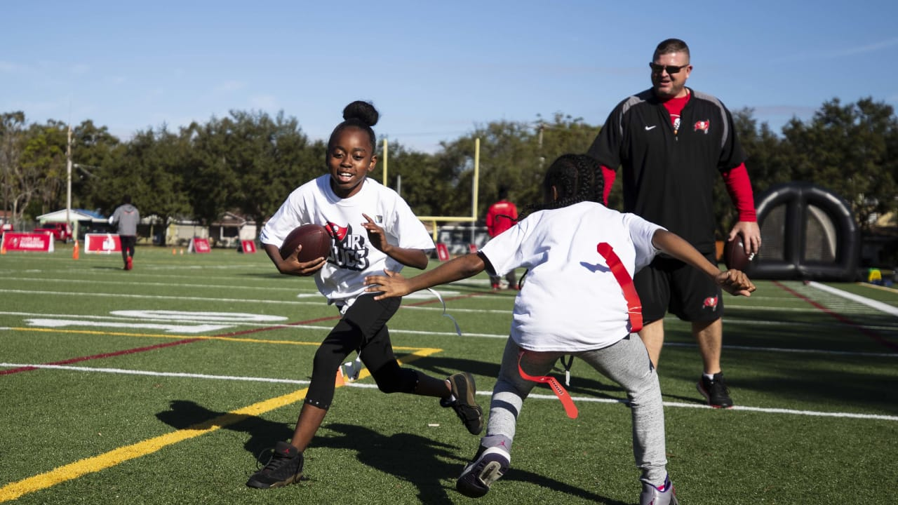 39102c4d Tampa Bay Buccaneers Foundation Hosts Clinic Ahead of Jr. Bucs Girls ...