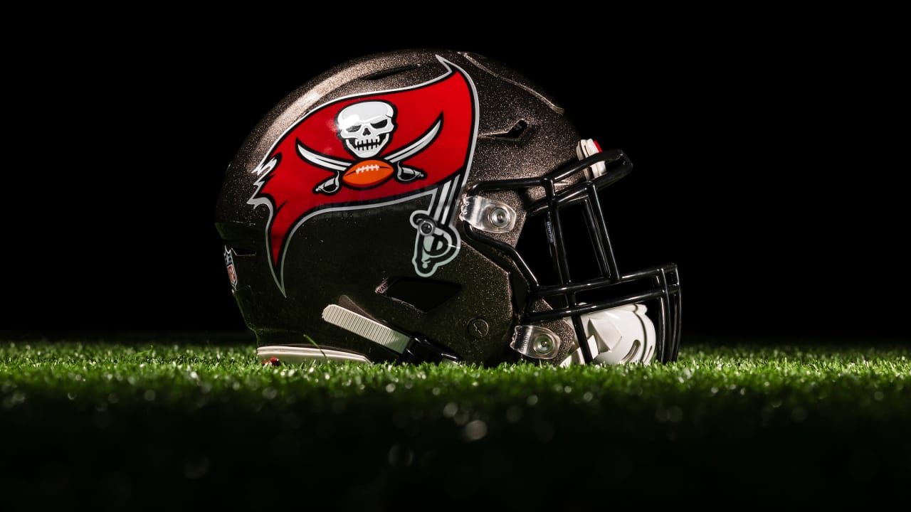 Q A Bucs New Helmet And Marks