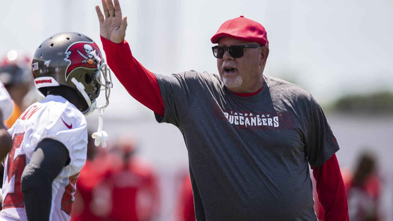 c7b06f81 Bruce Arians System Stresses Development for Both Players, Coaches