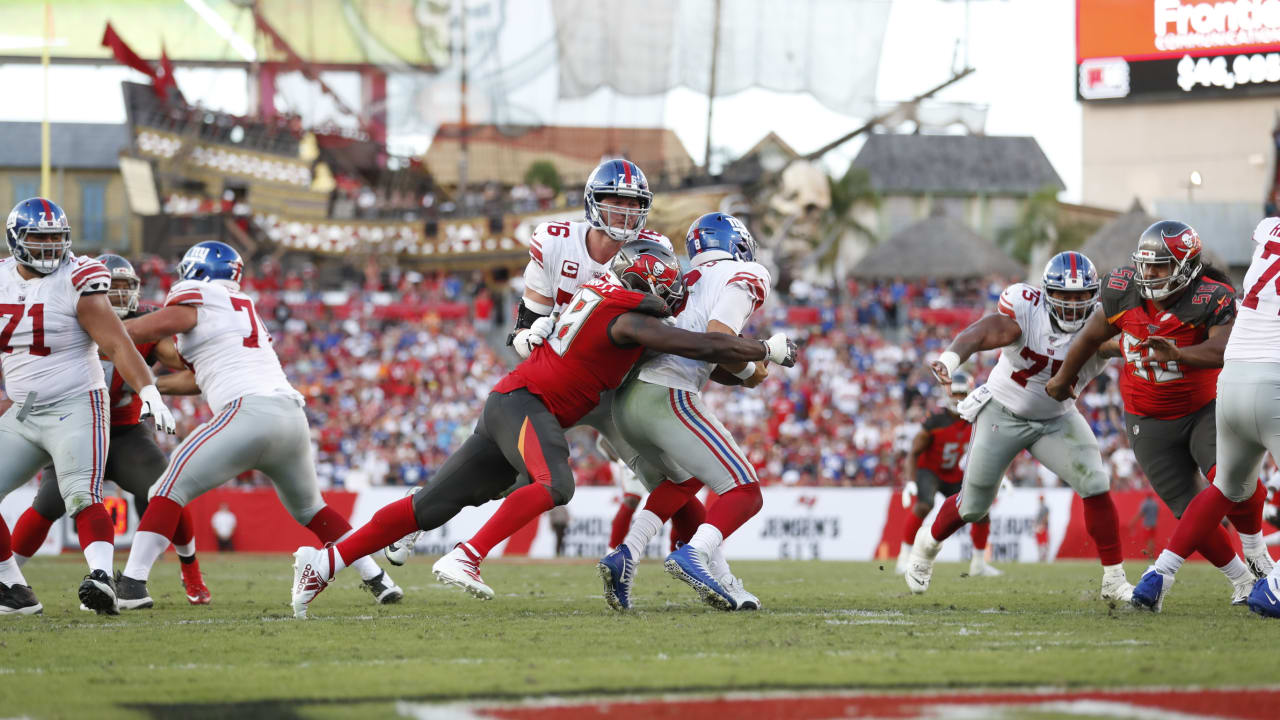 official photos 0f17b e6547 Rapid Reaction: Giants 32, Buccaneers 31