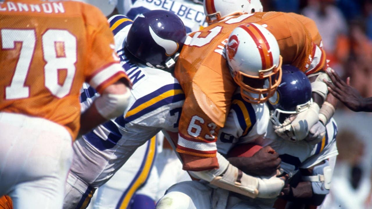 Photos: Lee Roy Selmon Throwback Thursday