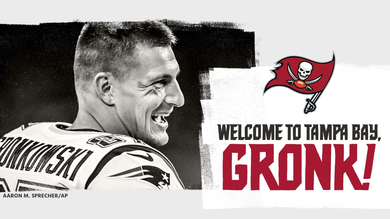 Buccaneers Trade Patriots for TE Rob Gronkowski - Full Details