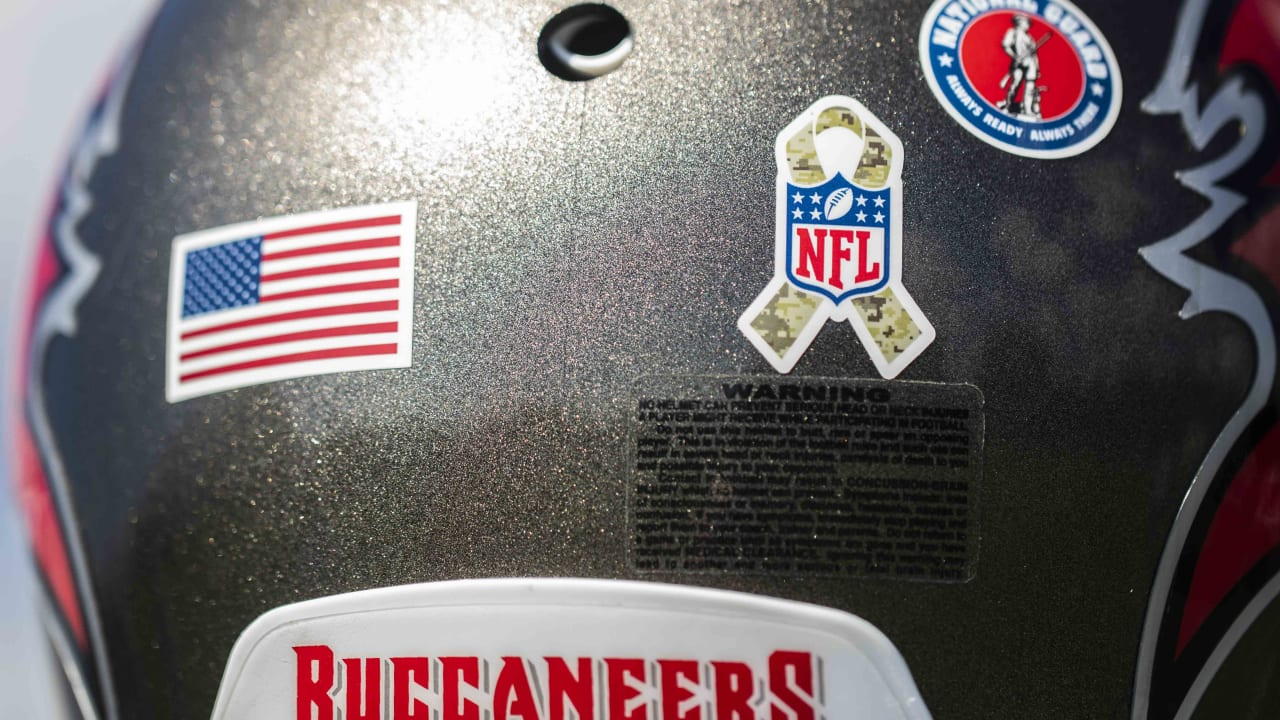 uk availability ee0f4 09756 Buccaneers to Honor Service Members, Veterans and their ...