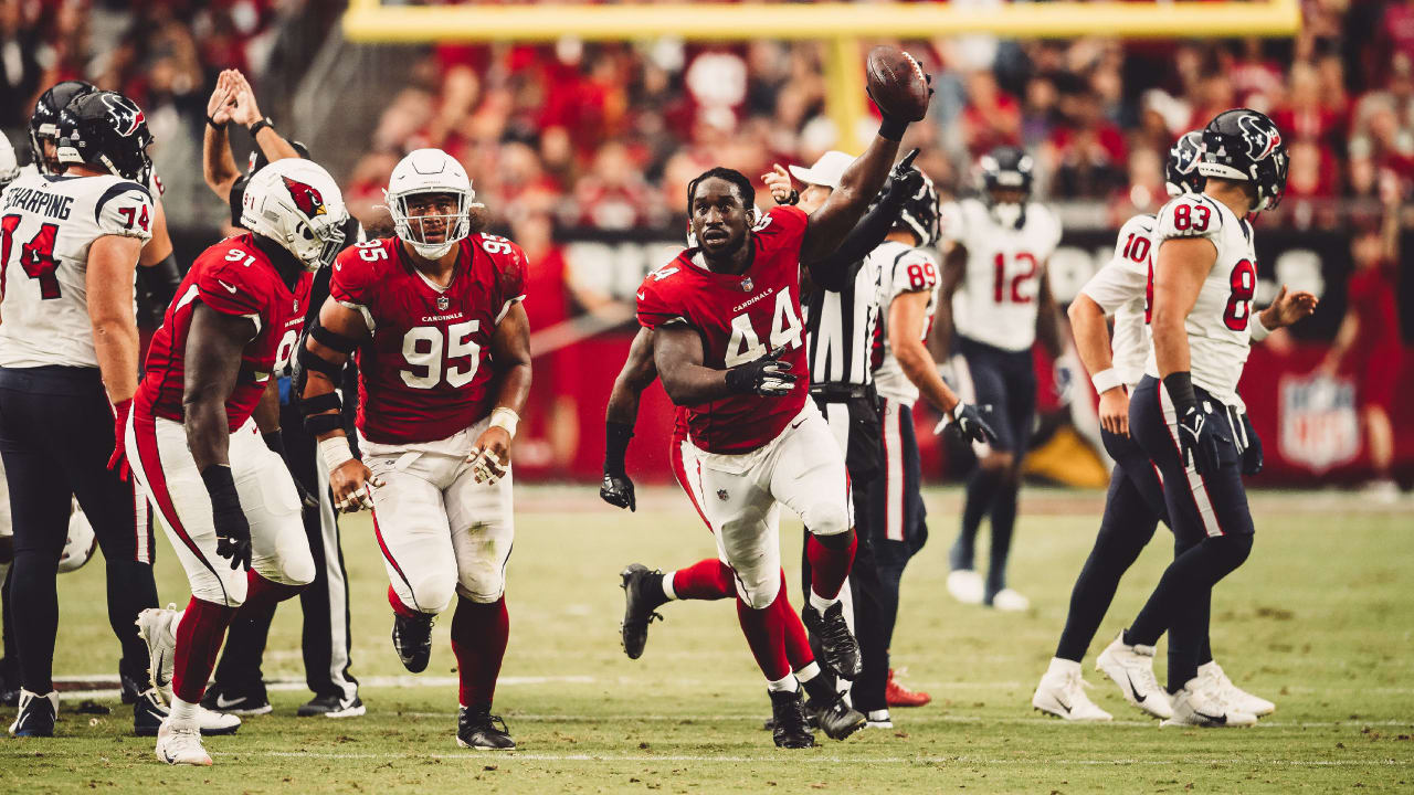 Kyler Murray beat up and in the medical tent, but still produces, and review of the Cardinals' 31-5 win over the Texans - AZCardinals.com