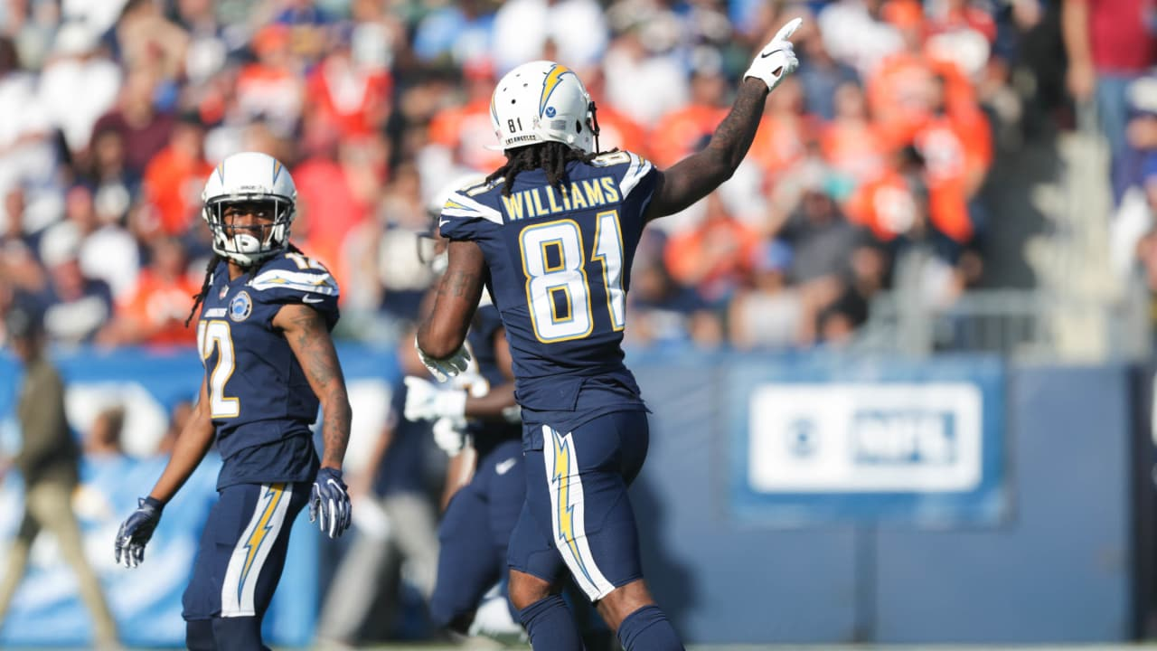 Can t-Miss Play  Mike Williams Goes WAY UP for 29-Yard Catch 0adc471fc