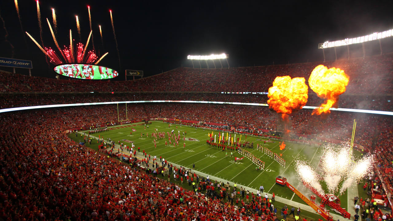 991555e3 Coming to Chiefs vs. Patriots? Here's What to Know