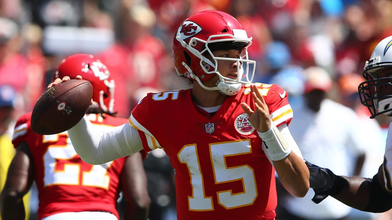 4be622329 Chiefs vs. Chargers  Patrick Mahomes Highlights