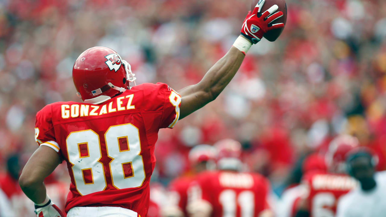 Five Things to Remember About Tony Gonzalez's Hall of Fame Career