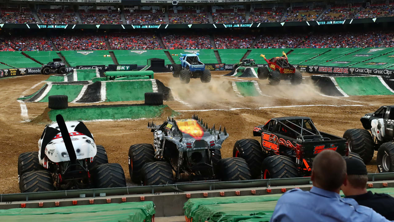 Monster Jam To Return To Arrowhead Stadium In June 2020 Advanced Pre Sale Tickets On Sale Today