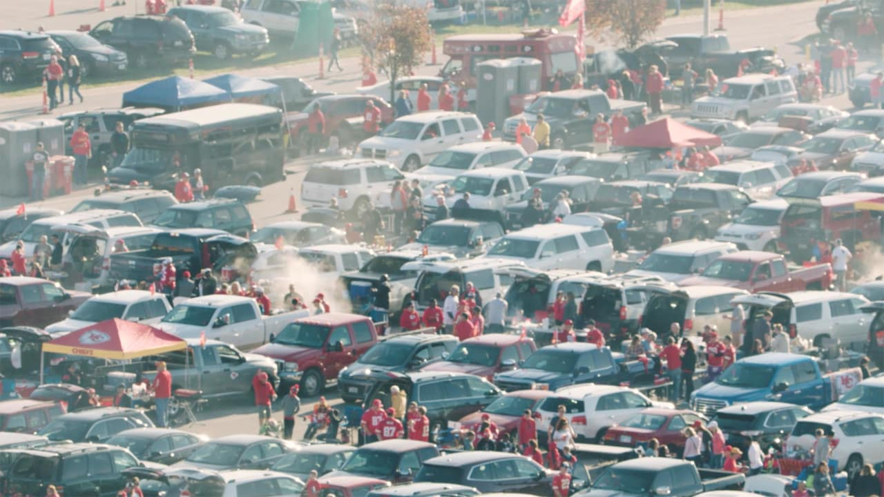 Chiefs Parking & Tailgating - Game Plan | Kansas City Chiefs ... on