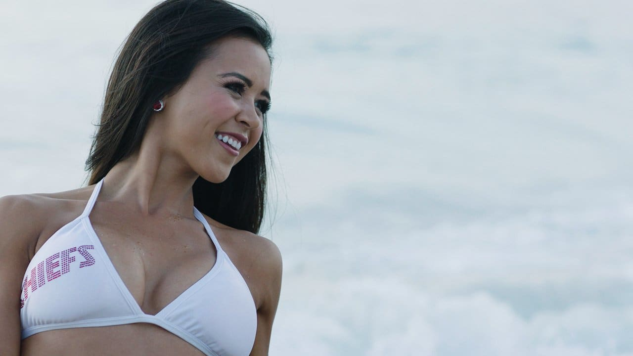 5293e3d5 Get To Know Chiefs Cheerleader Elizabeth