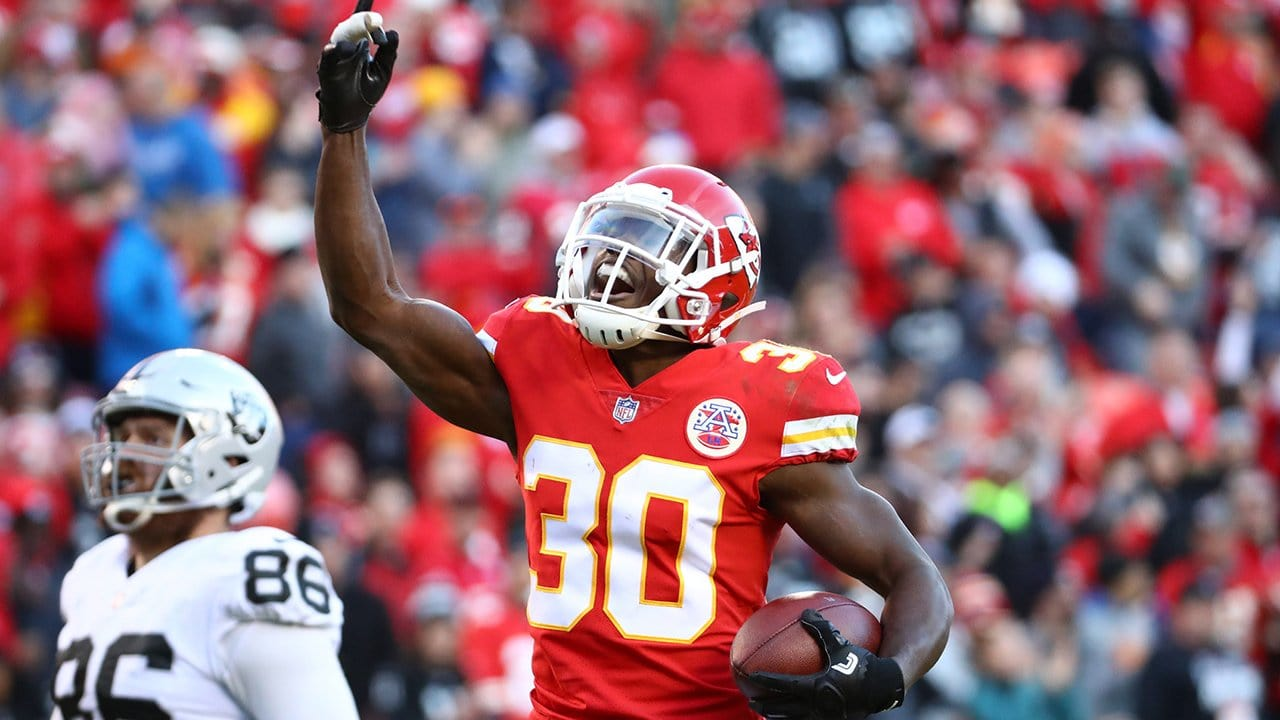 Steven Terrell Seals Chiefs Victory With Inteception