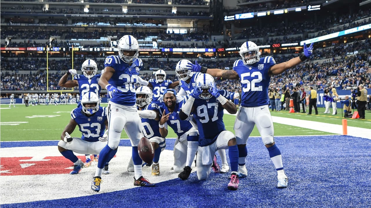 Pro Football Focus Puts Spotlight On Colts' Unheralded Defense