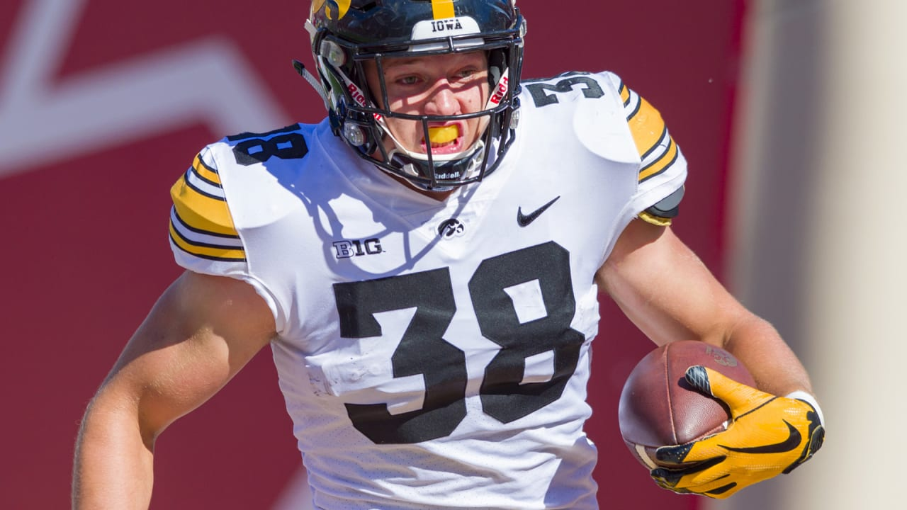 Fran Duffy s Combine Preview  Tight End 762d7e1d3