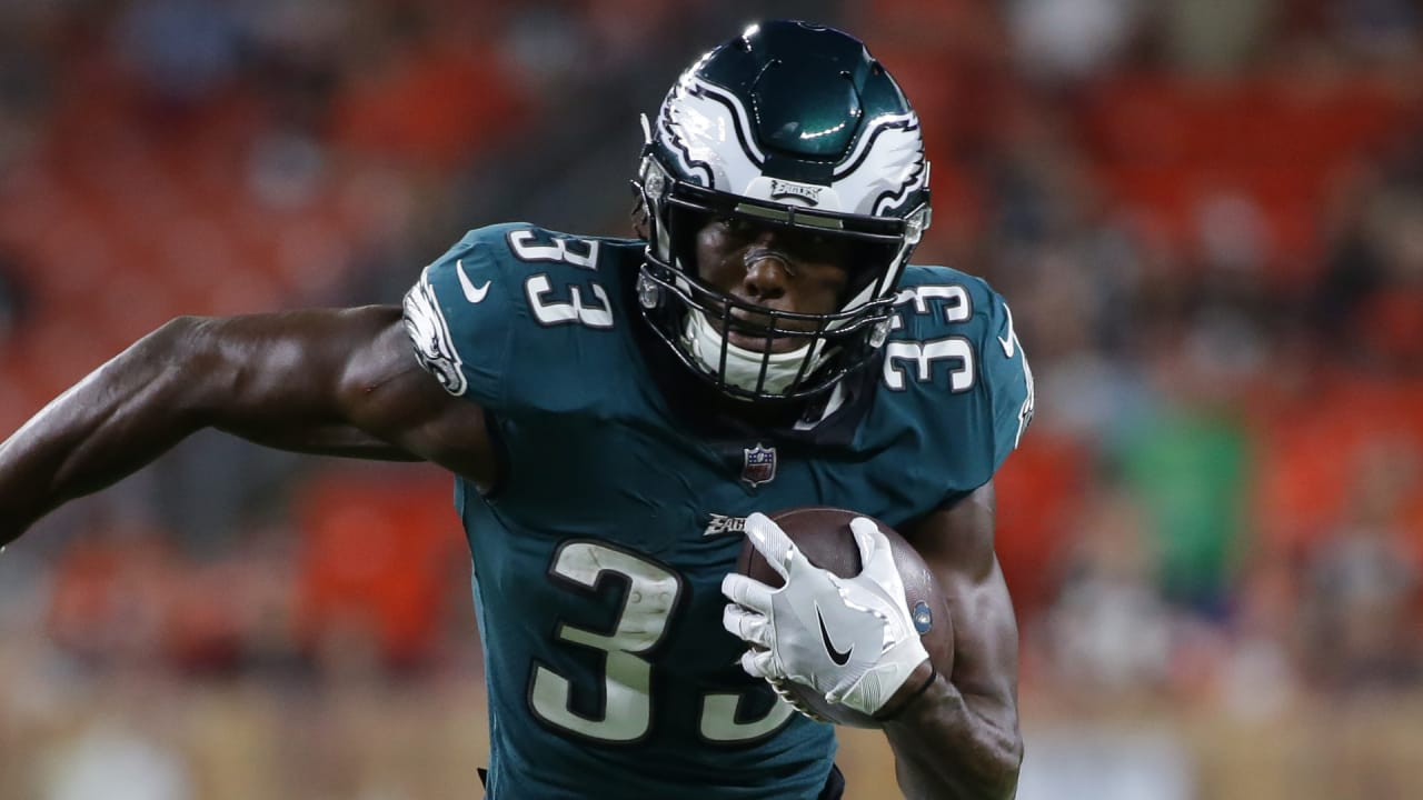959bd5202b5 Eagles Promote Josh Adams, Waive DeAndre Carter