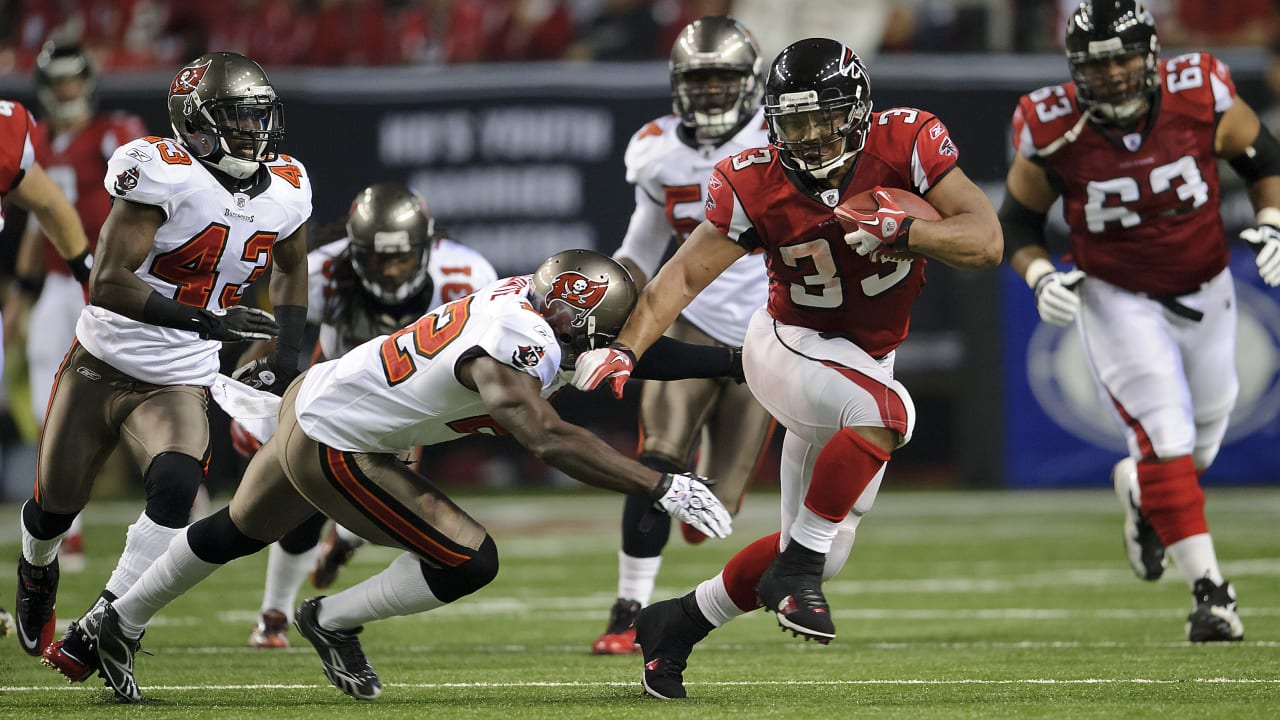 c9d411f4 The Falcons' five all-time best wins against the Tampa Bay Buccaneers
