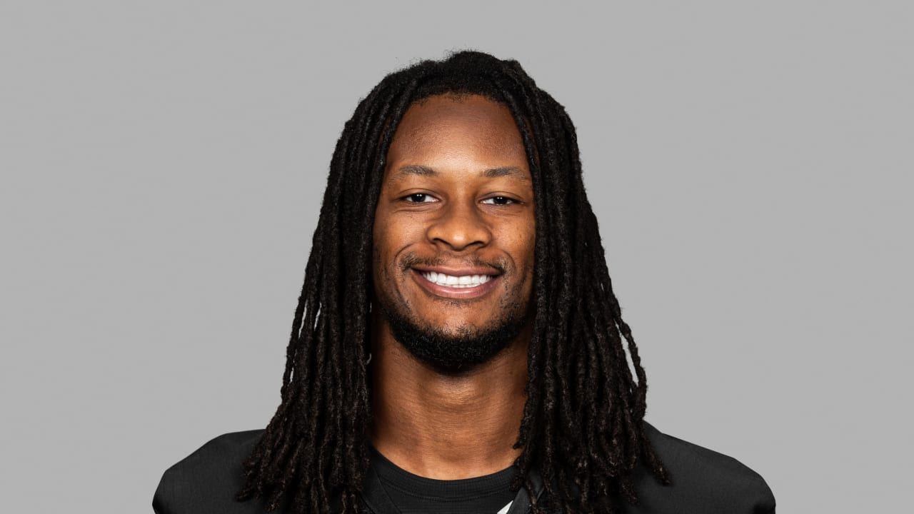 The 26-year old son of father (?) and mother(?) Todd Gurley in 2021 photo. Todd Gurley earned a  million dollar salary - leaving the net worth at  million in 2021