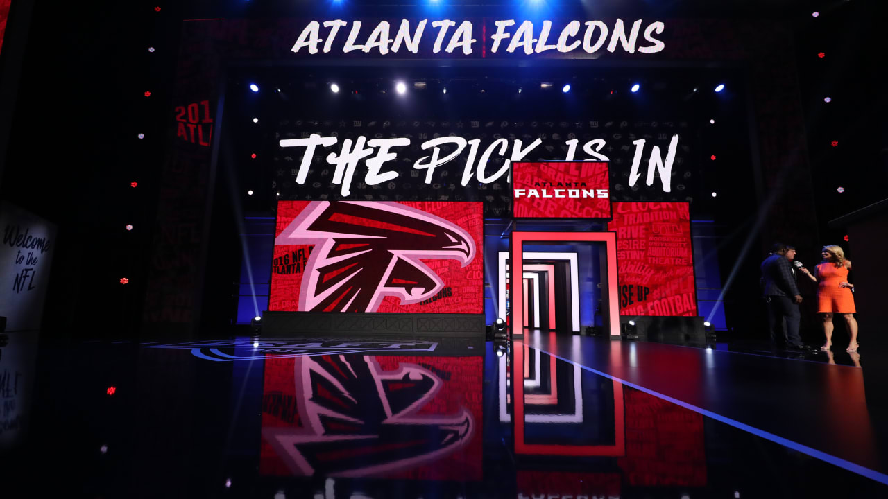Falcons hold number 4