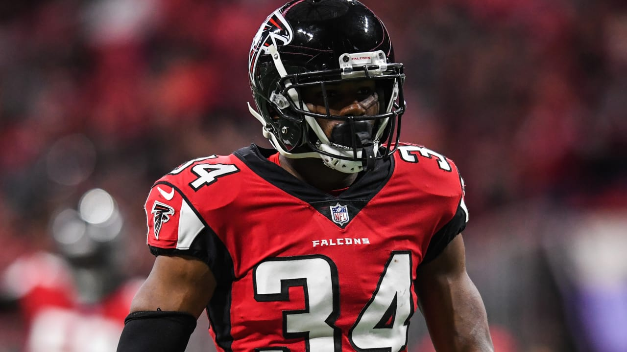 new arrival cfcc5 76eaf Report: Falcons inform Brian Poole he will become a free agent