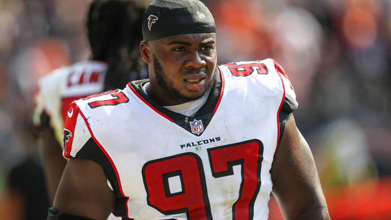 half off 12164 a3cfc Grady Jarrett signs Falcons' franchise tender