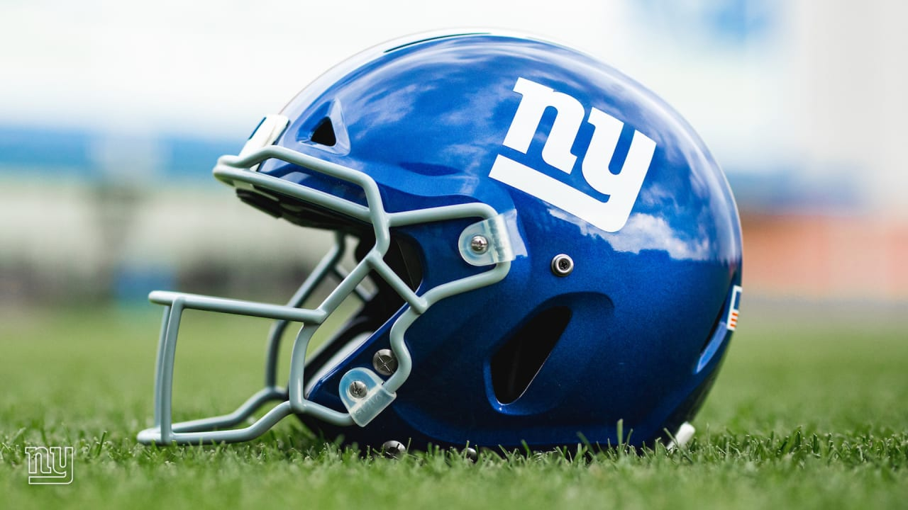 Giants delay practice to discuss social justice issues