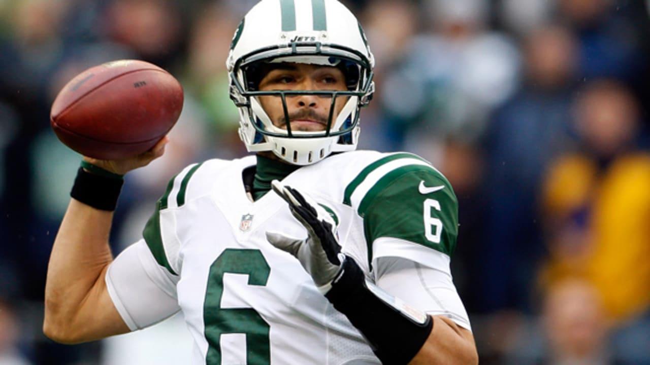 Jets Release QB Mark Sanchez