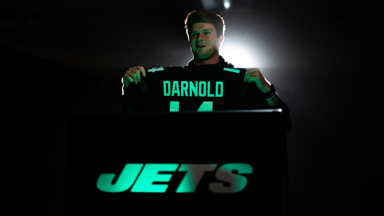 new concept 0d4fc d95f2 What the Players Think of Jets New Uniforms