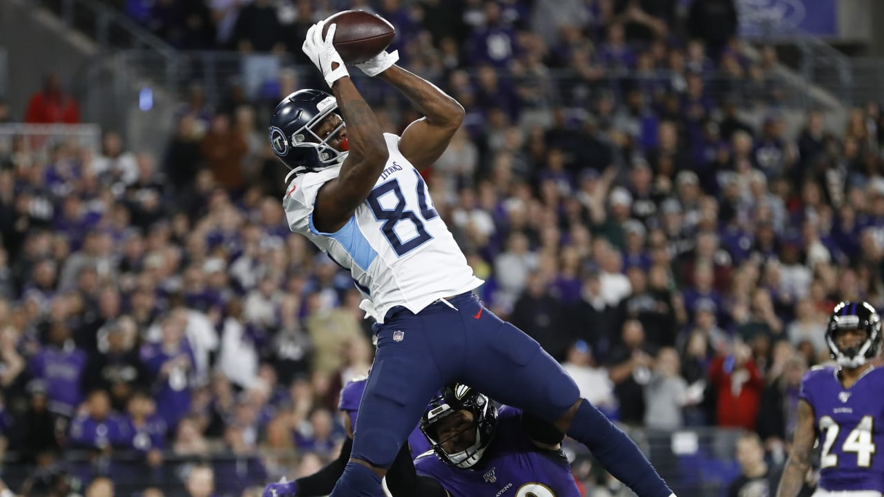 5-mile markers on Corey Davis's Sometimes Rough Road to the Jet