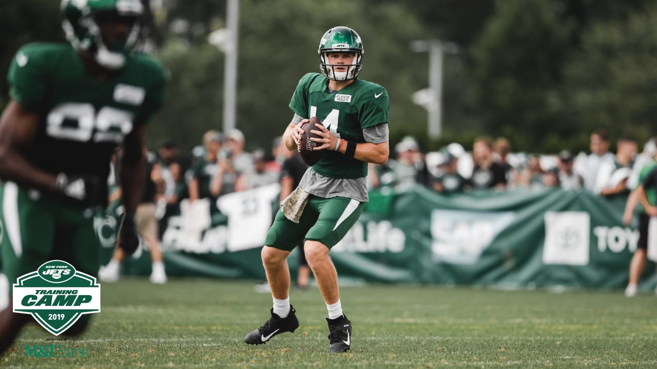 Jets Practice Report Sam Darnold Sizzles In Scrimmage