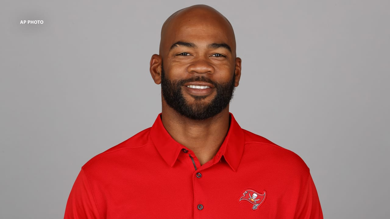 The Lions are hiring Antwaan Randle El as the coach of wide receivers