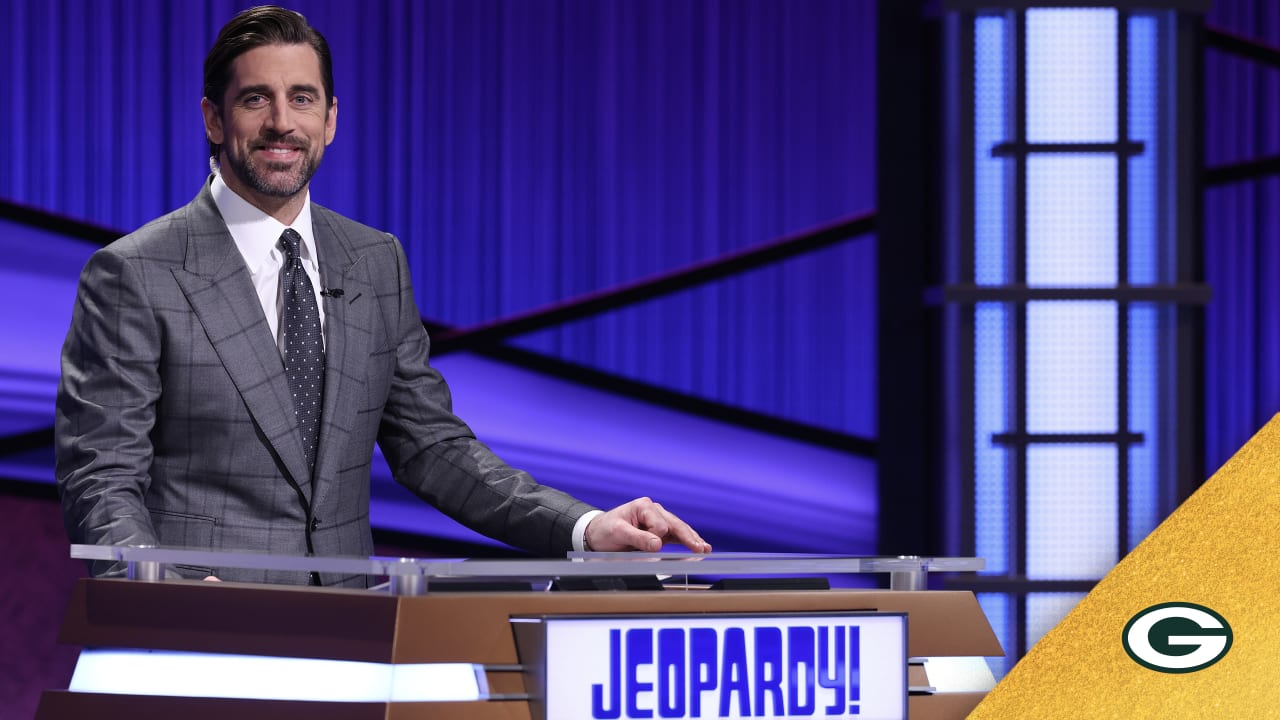 Hosting 'Jeopardy!' was a 'surreal experience' for Aaron Rodgers