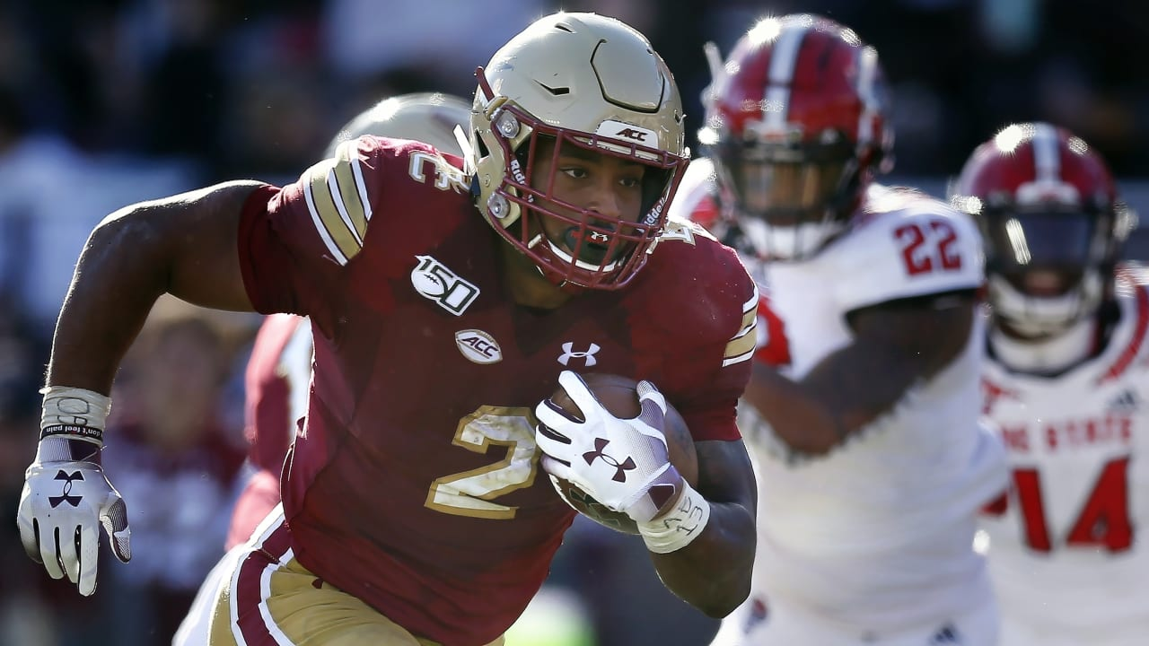 Physical freak' A.J. Dillon not a typical running back