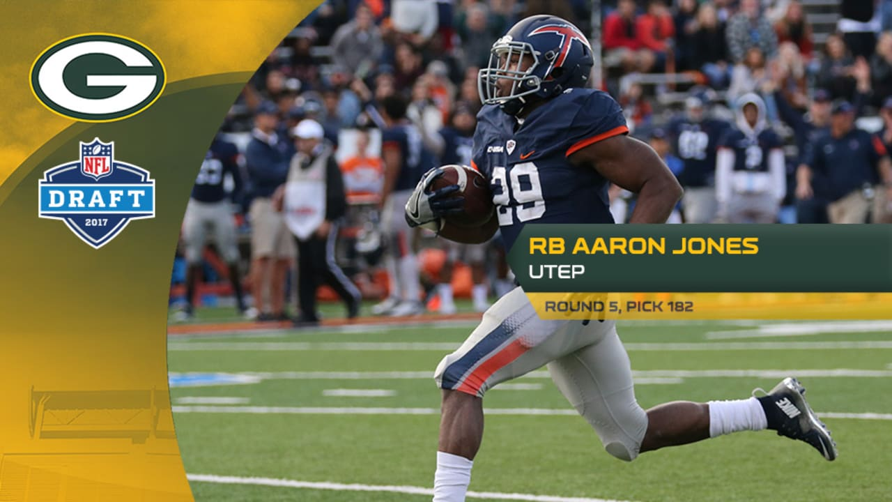 The Packers Take Utep Rb Aaron Jones At No 182