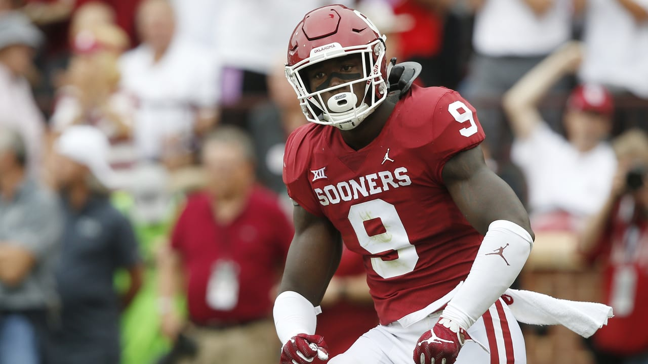 Oklahoma LB Kenneth Murray's talent stands out as much as his story
