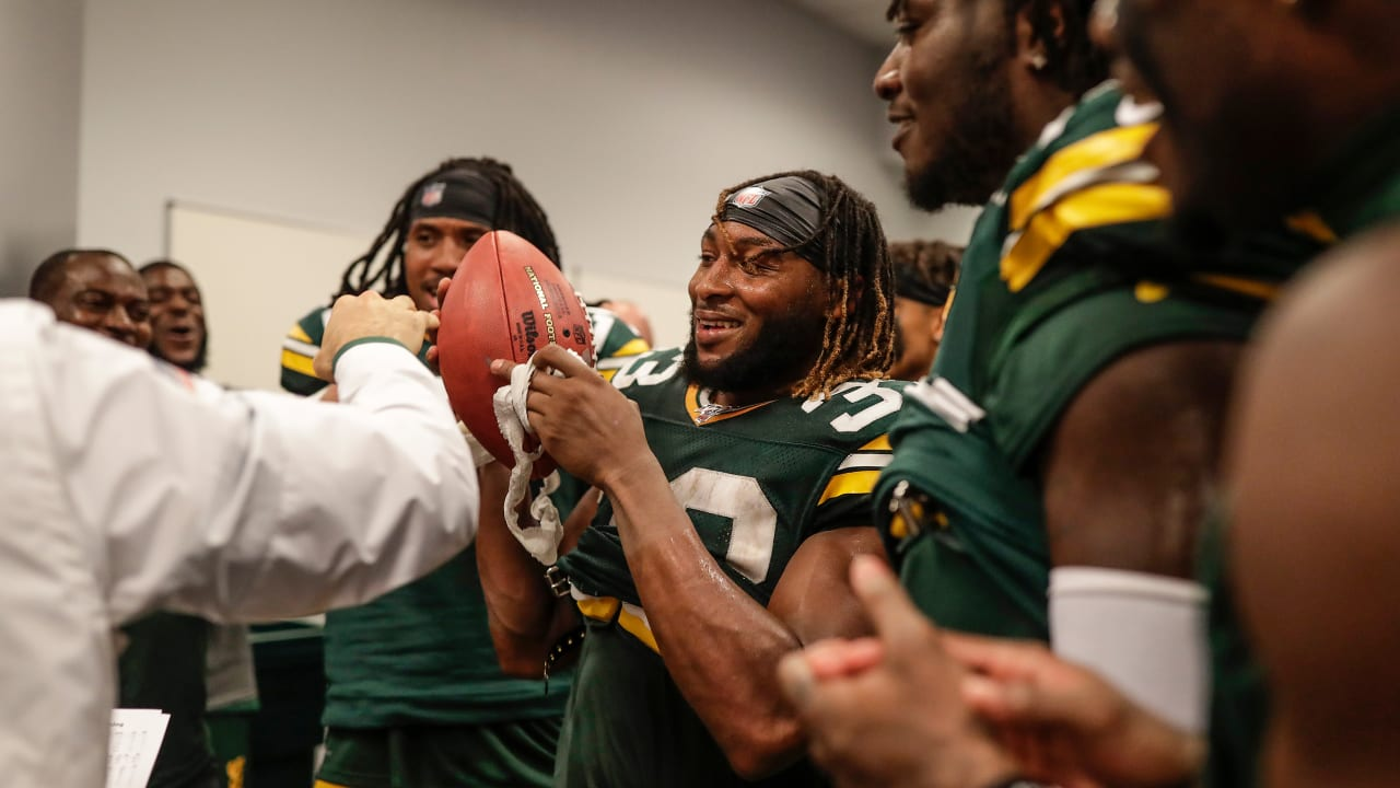 Lafleur Gives Game Ball To Aaron Jones After Packers Beat Cowboys