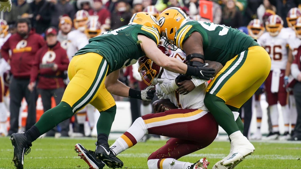 Packers Defense Swarms Redskins Qb Haskins On First Drive For Sack
