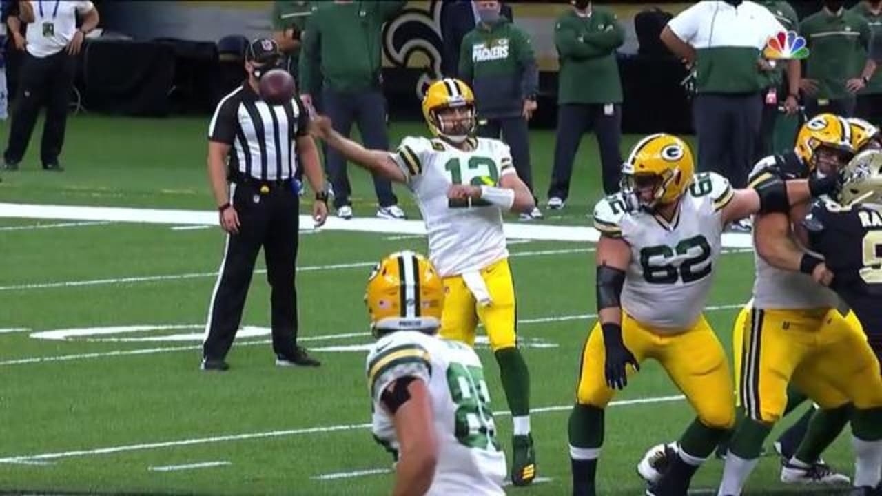 Aaron Rodgers Makes No Look Pass To Robert Tonyan Vs New Orleans Saints